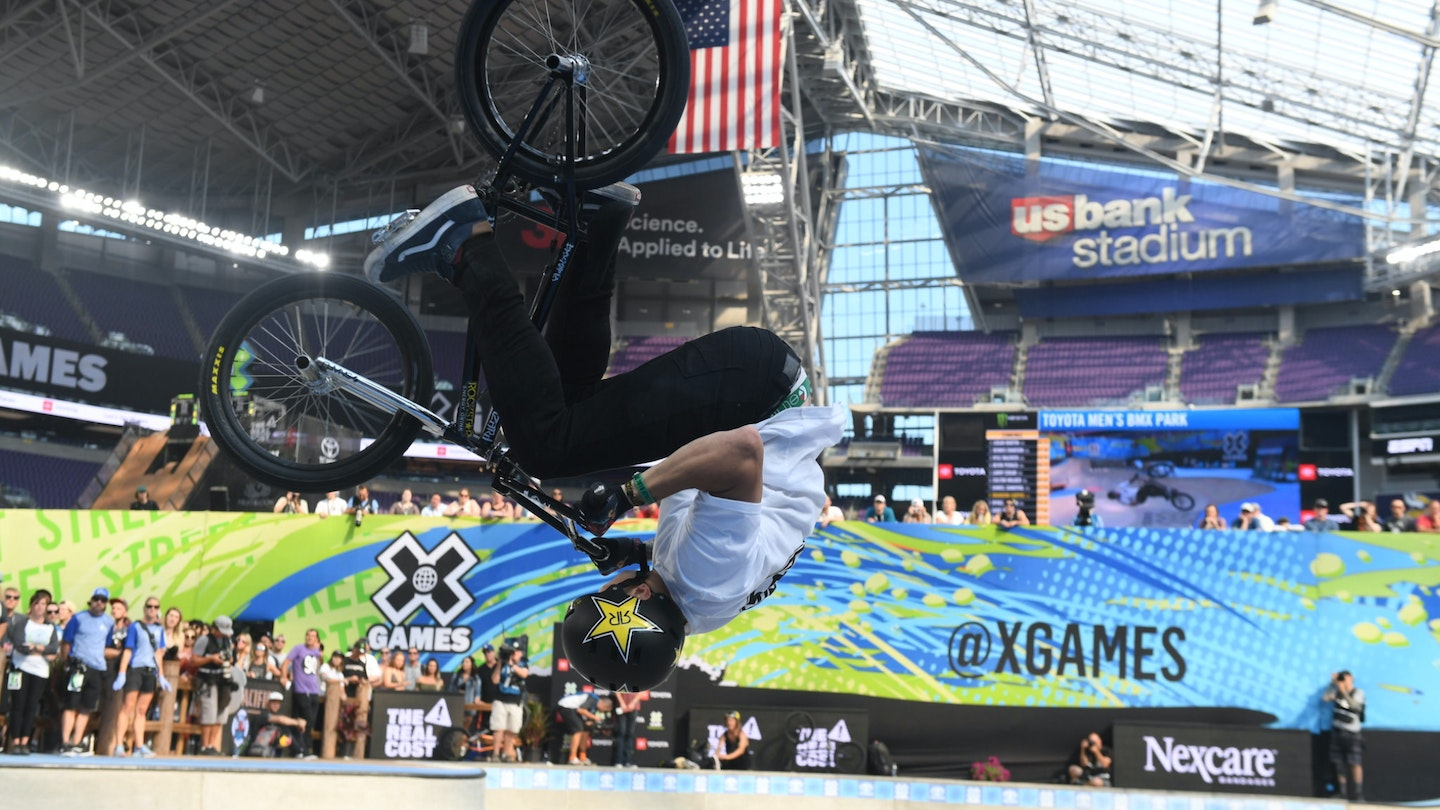 Nexcare Xgames Side2 2048X1152