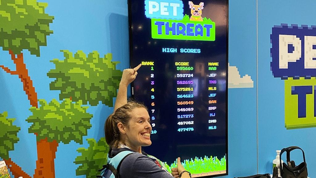 Pet Threat Slideshow Score Point 2048X1152