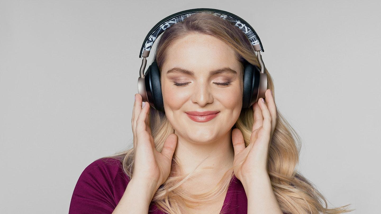 Target Main Image Headphones 2048X1152 V2